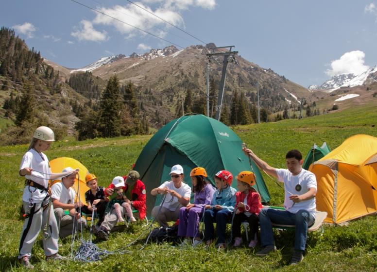 Детский лагерь Империя Детства в Карпатах, лагерь в Карпатах