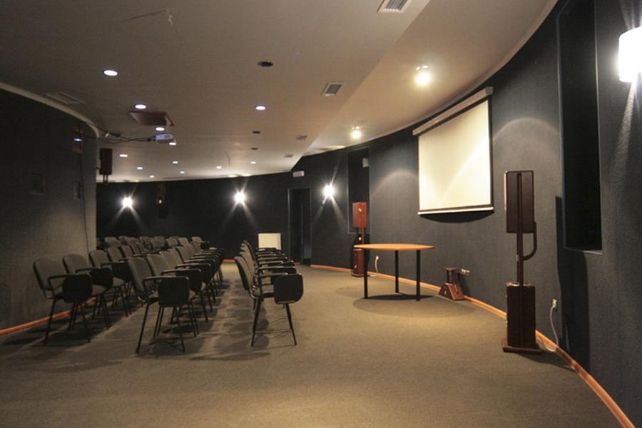 Кинотеатр лагеря Терем Славское, Детский лагерь в Карпатах